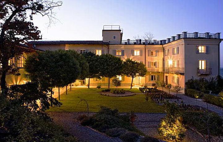 Best Luxury Hotels in Piemonte, La Villa Hotel Mombaruzzo