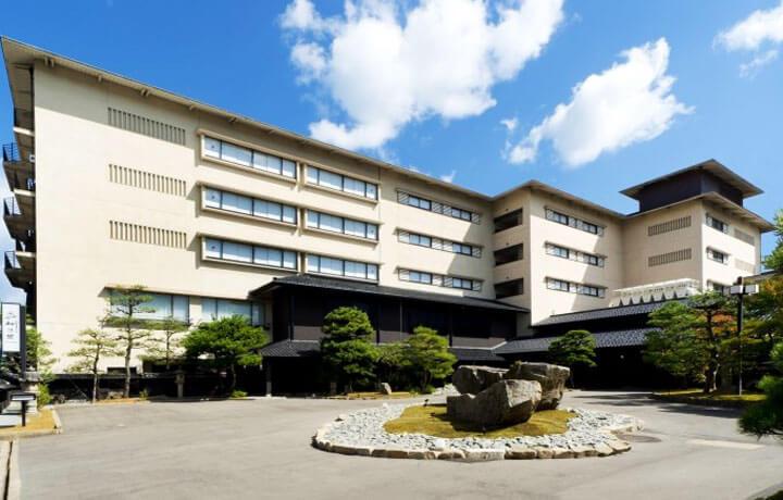 Best Luxury Hotels in Japan, Matsunomidori Ryokan Wakura Onsen