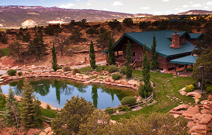 Utah luxury family tour butterfield robinson for Torrey utah lodging cabins