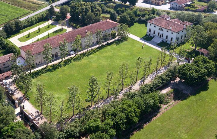 Best Luxury Hotels in Veneto, La Barchessa di Villa Pisani Bonetti Bagnolo di Lonigo