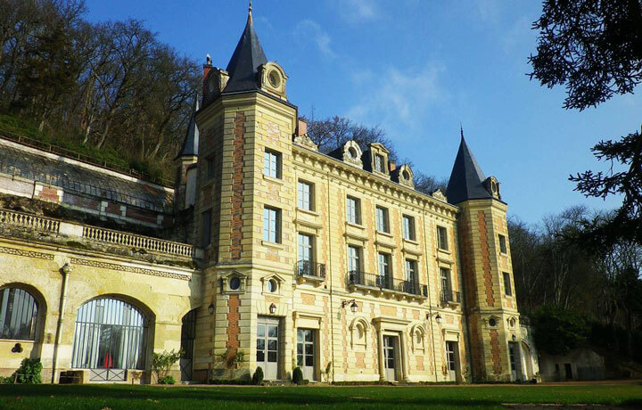 Best Luxury Hotels in Loire Valley, Chateau de Perreux Nazelles-Négron